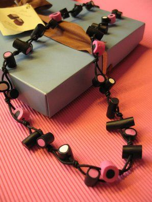Filled Liquorice & Coconut Liquorice Megalong, necklace