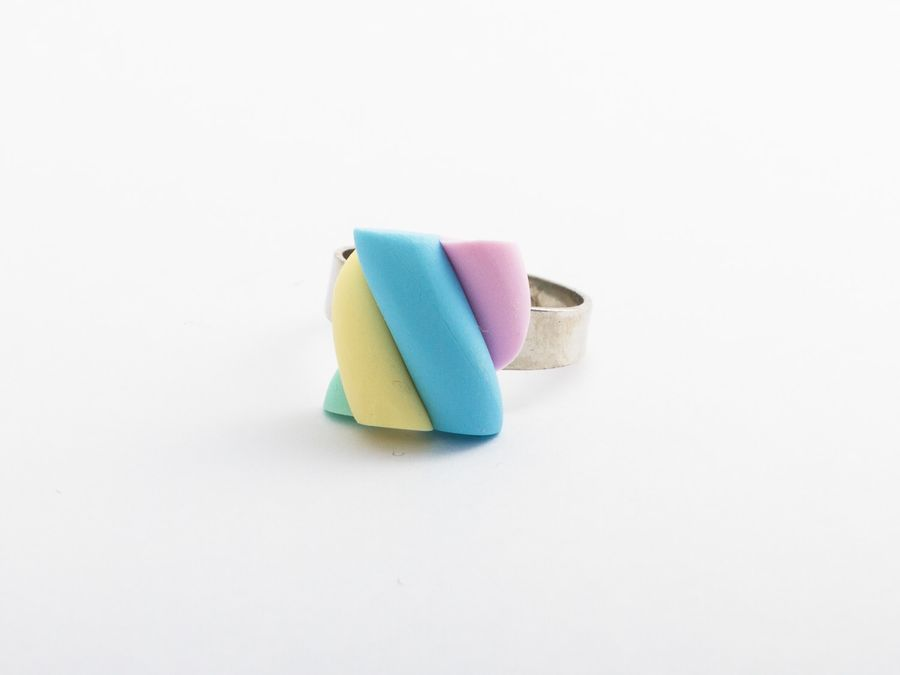 Marshmallow, ring